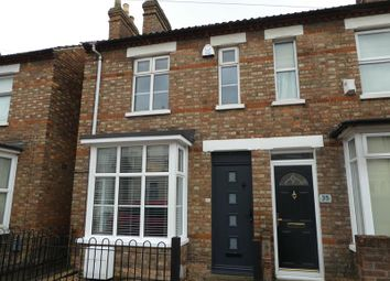 Thumbnail Property to rent in Edward Road, Bedford