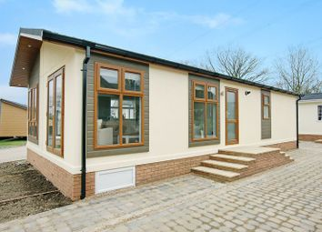 Thumbnail 2 bed mobile/park home for sale in Blackhouse Lane, North Boarhunt, Fareham