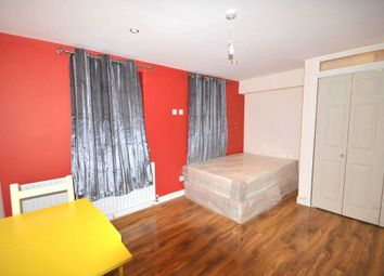 Room to rent in Telegraph Place, London E14