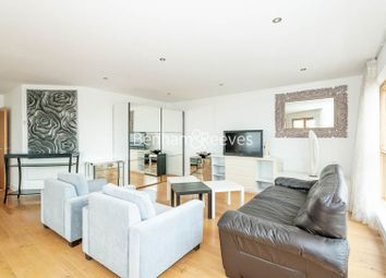 3 bed flat to rent in Heritage Avenue, Colindale NW9