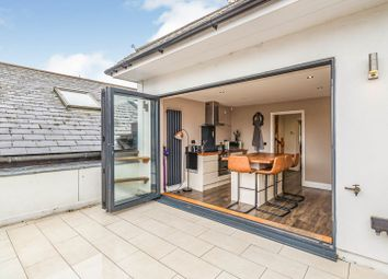 2 bed maisonette for sale in Queens Road, Thames Ditton KT7