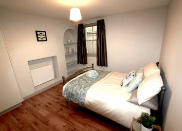 Thumbnail 1 bed flat to rent in Elgin Rd, Croydon