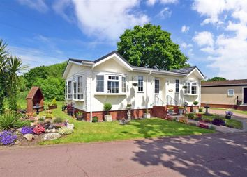 2 bed mobile/park home for sale in Bluebell Woods Park, Broad Oak, Canterbury, Kent CT2