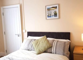 Thumbnail Room to rent in Room 3, Quantock Terrace