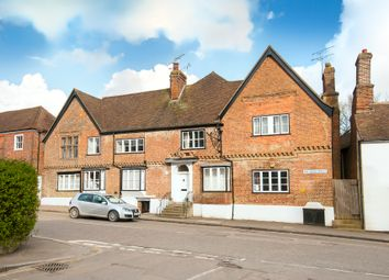 High Street, Charing TN27. 1 bed flat for sale