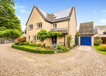 Thumbnail 4 bed detached house for sale in Orchard Close, Cassington, Witney