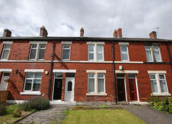 Thumbnail 3 bedroom flat to rent in East View, Wideopen, Newcastle Upon Tyne