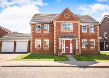 Thumbnail 5 bedroom detached house for sale in Bridport Way, Braintree