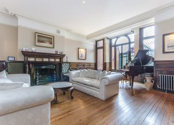 Thumbnail 8 bedroom property to rent in Clapham Common South Side, London