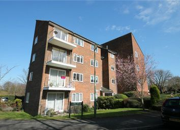 Thumbnail 2 bedroom flat to rent in Basing Road, Banstead