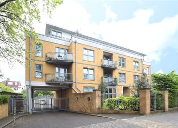 Thumbnail 2 bed flat for sale in Kings Avenue, Clapham, London