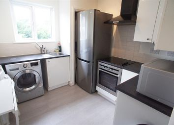 Thumbnail 2 bed flat to rent in Hampden Square, Southgate, London