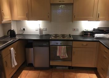 Thumbnail 2 bed flat to rent in Uxbridge Road, Slough