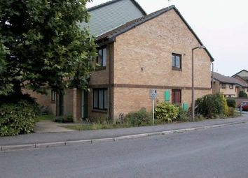 Thumbnail 1 bed flat to rent in Manor Fields, Horsham
