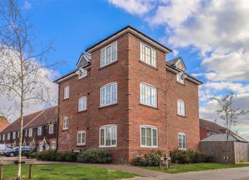 2 bed flat for sale in Farm Close, Ware, Hertfordshire SG12