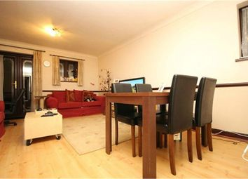 Thumbnail 2 bed flat to rent in Rectory Road, London