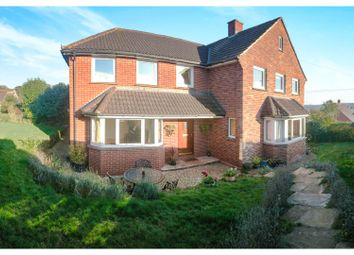 Thumbnail 6 bedroom detached house for sale in Okefield Avenue, Crediton
