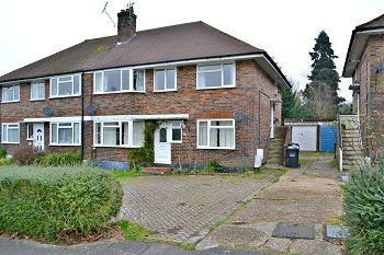 Thumbnail 2 bed maisonette to rent in Halsford Park Road, East Grinstead, West Sussex