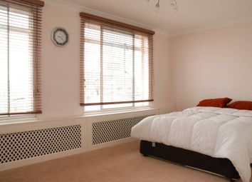 Thumbnail 3 bedroom flat to rent in Upper Berkeley Street, Marylebone
