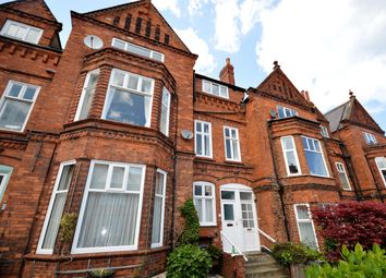 Thumbnail 2 bed flat for sale in Avenue Victoria, Scarborough