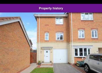Thumbnail 3 bed town house to rent in Lapwing Way, Scunthorpe