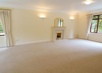 Thumbnail 5 bed detached house to rent in Kelvedon Avenue, Walton-On-Thames