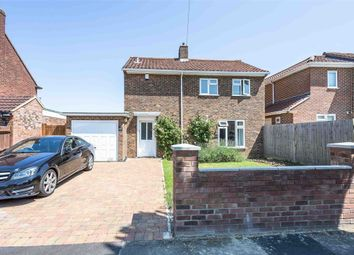 Thumbnail 3 bedroom detached house to rent in Peel Close, Windsor, Berkshire