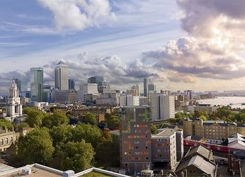 Thumbnail 2 bedroom flat for sale in Commercial Road, Canary Wharf, London