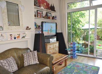 Thumbnail 2 bed flat to rent in Sunningfields, Hendon