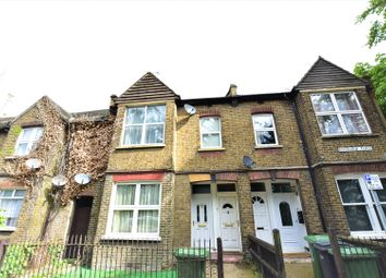 3 bed terraced house for sale in Riverview Flats, London Road, Purfleet RM19