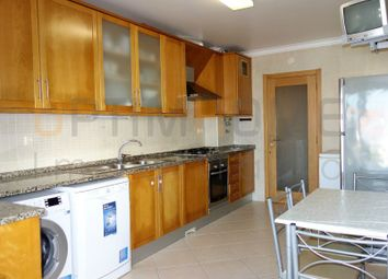 Thumbnail 3 bed apartment for sale in Largo Mouzinho De Albuquerque, Nº 5, Bloco D, 1º Dto, Alcobaça, Leiria