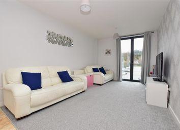 Godstone Road, Whyteleafe, Surrey CR3. 2 bed flat