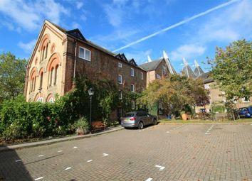 Thumbnail 2 bed flat to rent in The Maltings, Carpenters Lane, Hadlow, Tonbridge