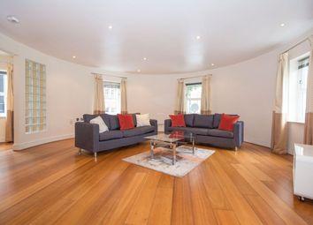 2 bed flat to rent in Battersea Bridge Road, Battersea SW11