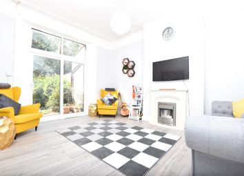 2 bed maisonette for sale in Oliver Grove, London SE25