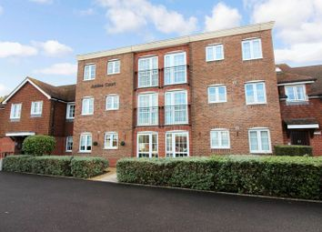Thumbnail 2 bed flat for sale in Jubilee Court (Billingshurst), Billingshurst