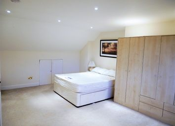 Thumbnail 3 bed maisonette to rent in Sandall Close, London