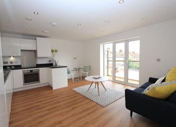 Thumbnail 2 bedroom flat for sale in London Road, Westcliff-On-Sea