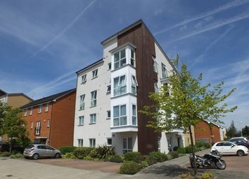 Thumbnail 2 bed flat for sale in 23 Gweal Avenue, Reading, Berkshire