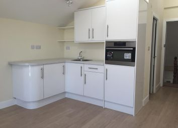 1 bed flat to rent in High Street, Walton-On-Thames, Surrey KT12