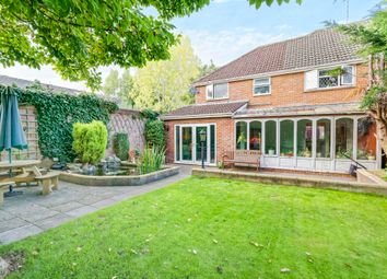 Thumbnail 5 bed property to rent in Queen Mary Avenue, Basingstoke