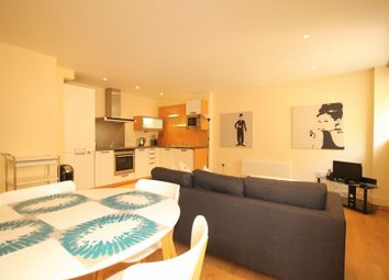 2 Bedrooms Flat to rent in Meridian Court, 3 East Lane, London, London SE16