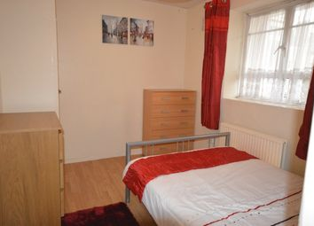 1 bed flat to let in Australia Road