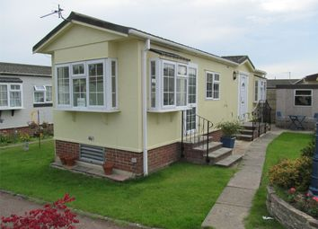 Thumbnail 2 bed mobile/park home for sale in Bluebell Woods, Broad Oak, Sturry, Canterbury