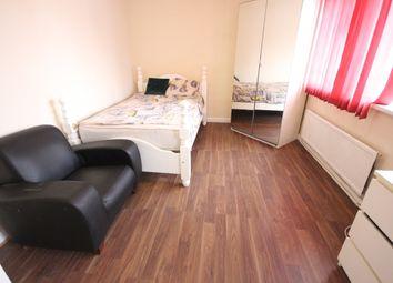 Room to rent in Merlin Crescent, Edgware HA8
