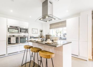 Thumbnail 5 bed property to rent in Cuneo Mews, Mill Hill