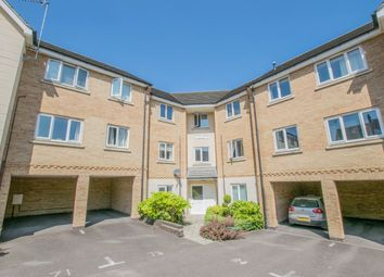 2 bed flat to rent in Lady Margaret Gardens, Ware SG12