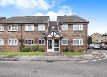 2 bed property for sale in Acorn Drive, Wokingham, Berkshire RG40