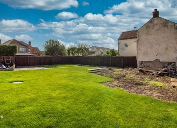 Thumbnail Land for sale in Bowling Green Lane, Crowle, Scunthorpe