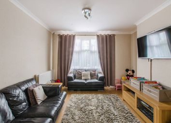 3 bed property for sale in Ridley Road, Bromley South, Bromley BR20EU BR2